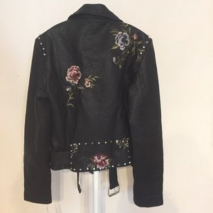 Driftwood Jackets & Coats - Driftwood embroidered moto faux leather jacket M